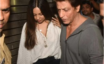 Shahrukh and Gauri are unable to sleep after their son's arrest