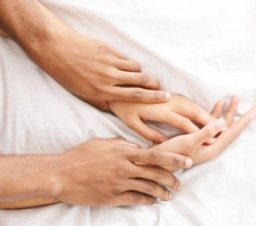 लोकप्रिय हो रहा है तांत्रिक शारीरिक संपर्क