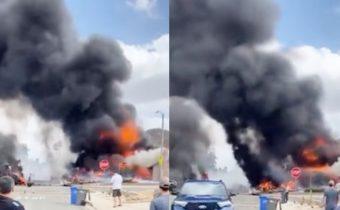 world plane crashes into homes killed many injured plane crash video
